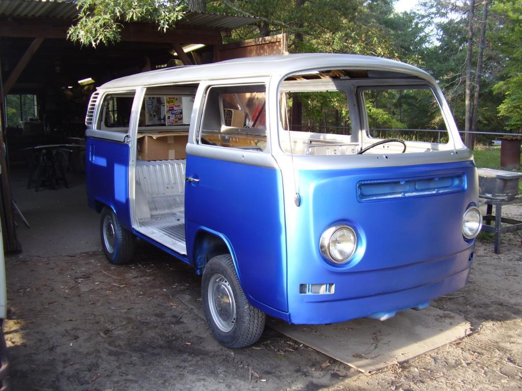 72 Bay Camper Bus8004
