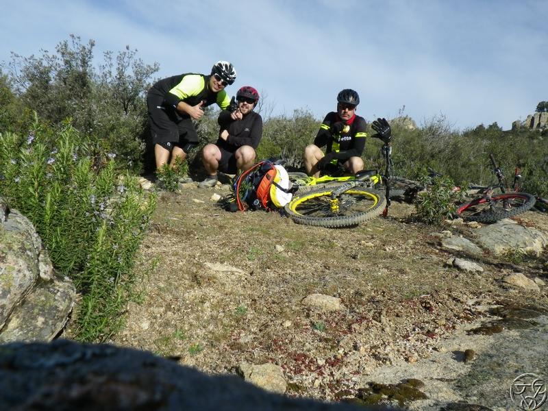 29/03/2015 - HOYO MANZANARES: 31km - Hoyo - Balcón del diablo - enduro RIMG0404_zpsmitb3pz4