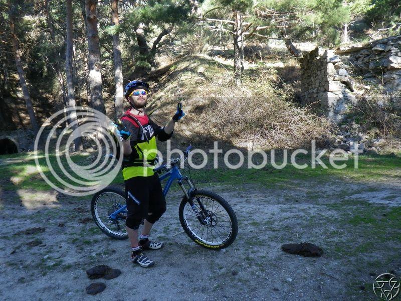 05/04/2015 - Monasterio del Escorial -> Abantos 8:00 RIMG0433_zpslbge9xy4