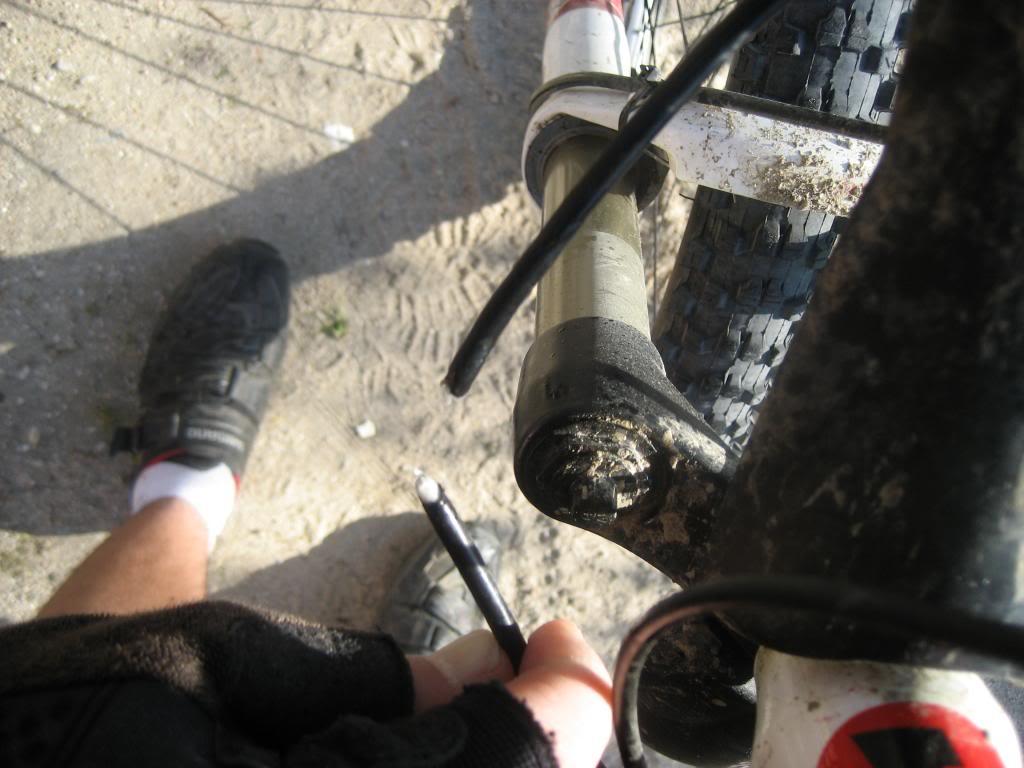 Arreglar el sistema hidraúlico de frenado shimano IMG_0878_zpsf32678eb