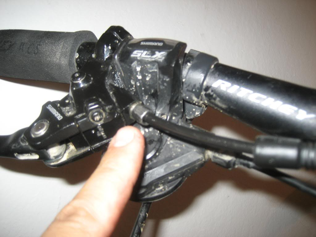 Arreglar el sistema hidraúlico de frenado shimano IMG_0899_zps4ddb154f