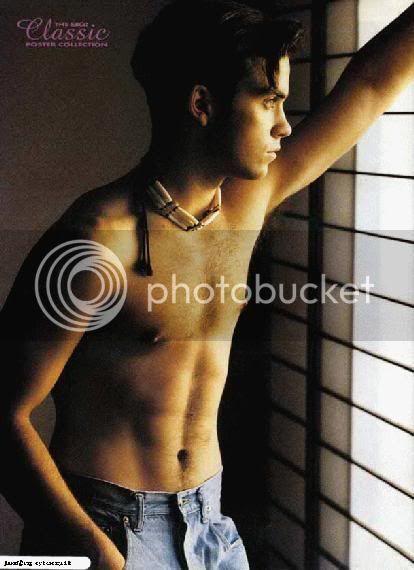 PHOTOS ROBBIE 90'S Rwwind10