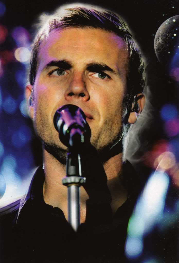 Beautiful world tour DVD-photos - Page 6 Img006