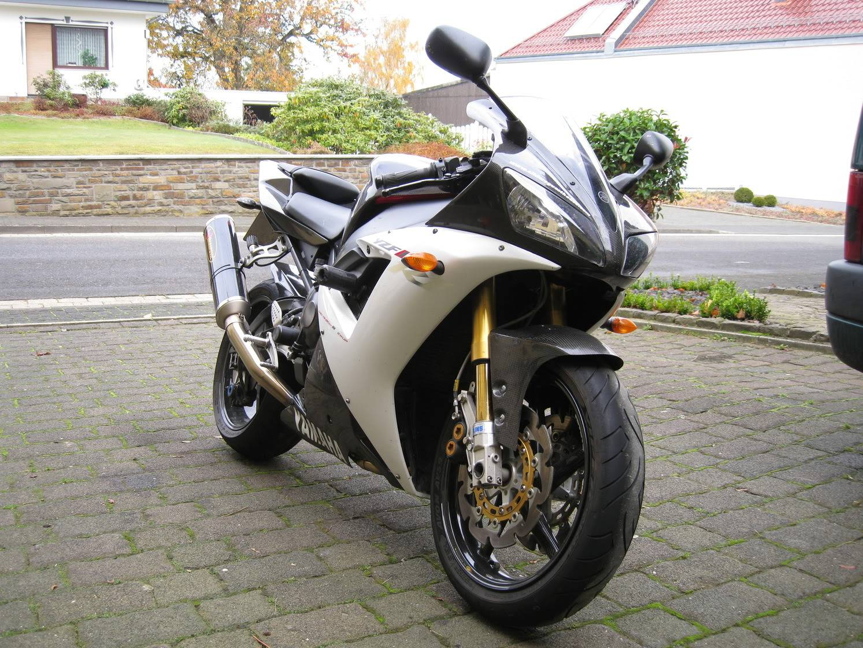Yamaha 1000 R1 ... - Page 5 IMG_0413