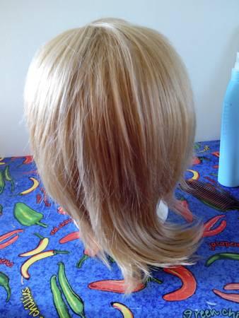 [SELLER] Heaps of wigs & manga from $5/each IMG_20130919_144339_zps67b166c6