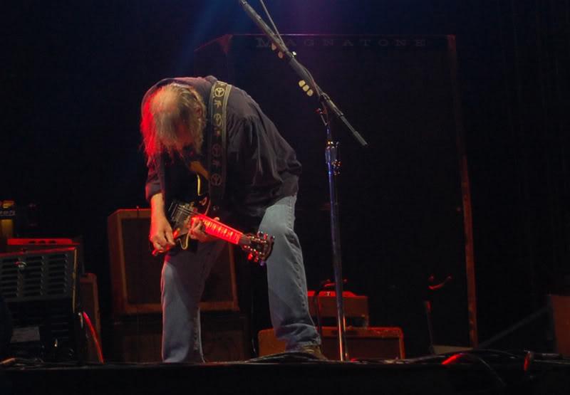Neil Young - 27/06/09 Hyde Park Neil16