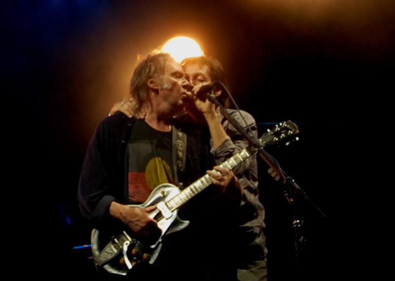 Neil Young - 27/06/09 Hyde Park Neil19