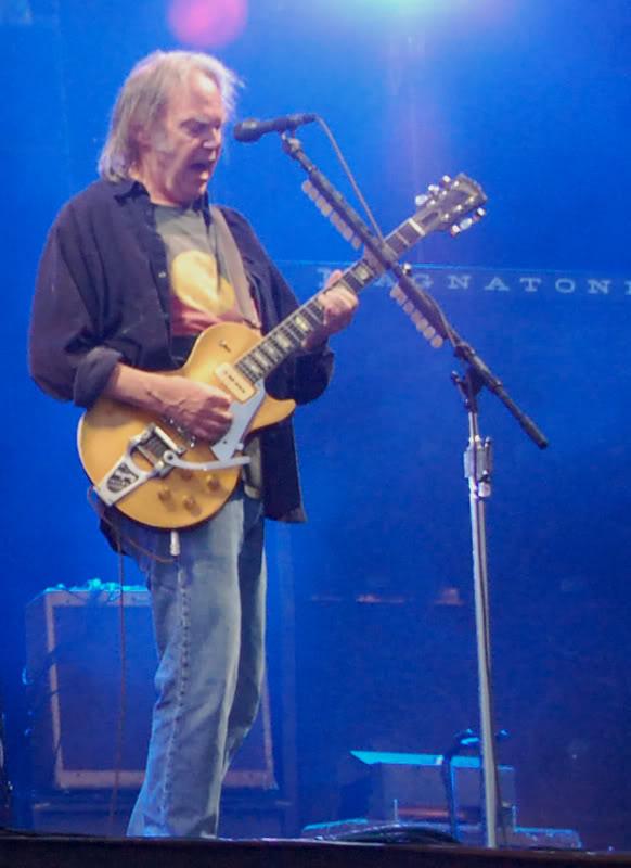 Neil Young - 27/06/09 Hyde Park Neil5