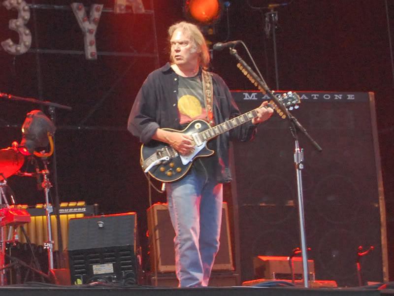 Neil Young - 27/06/09 Hyde Park Neil6