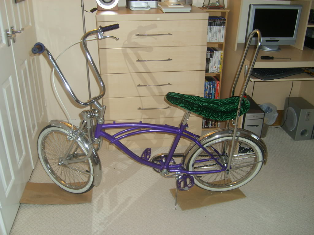 Room for some lowrider bikes? STP60514
