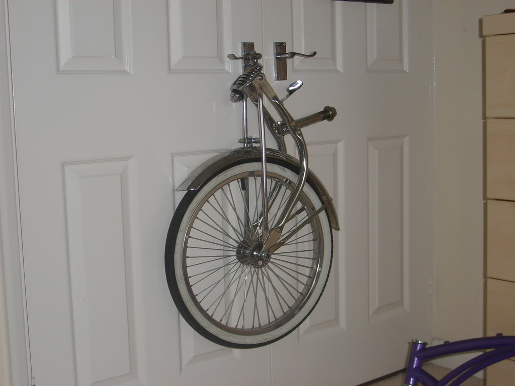Room for some lowrider bikes? STP60525