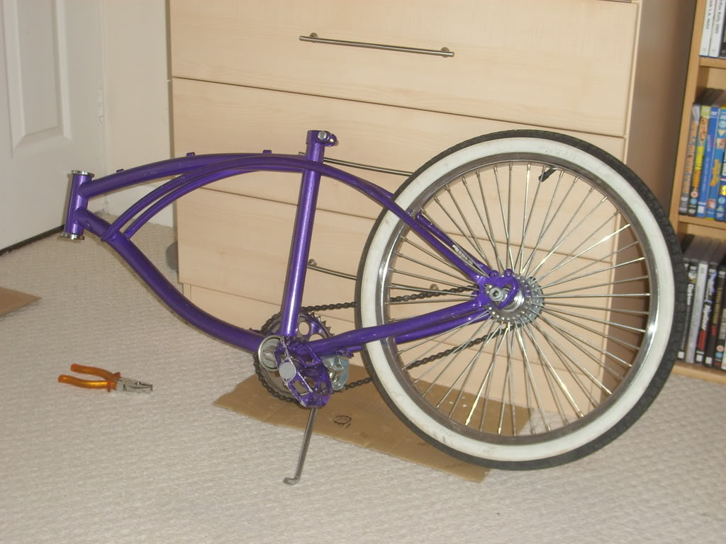 Room for some lowrider bikes? STP60526
