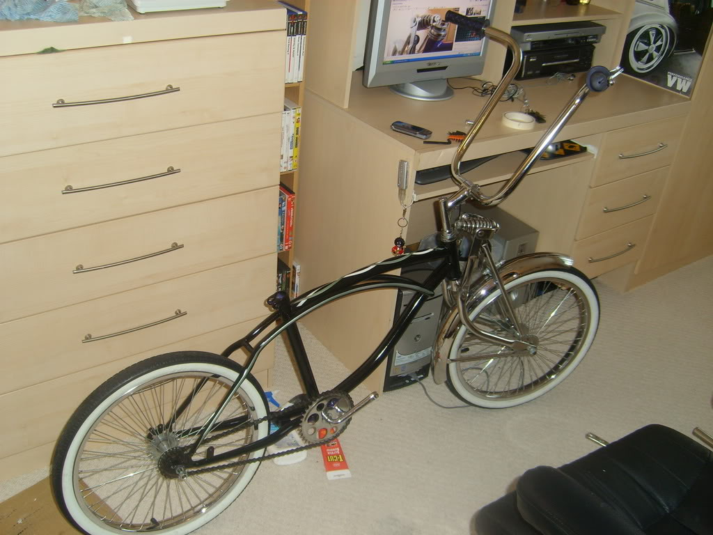 Room for some lowrider bikes? STP60542