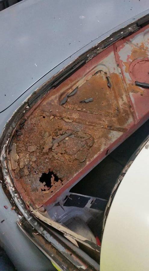 'Garry' - EK sedan. Rust%20002_zpsyosj1cyo