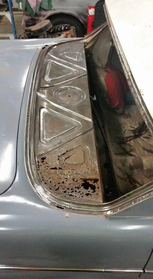 'Garry' - EK sedan. Rust%20003_zpst9jfnj22