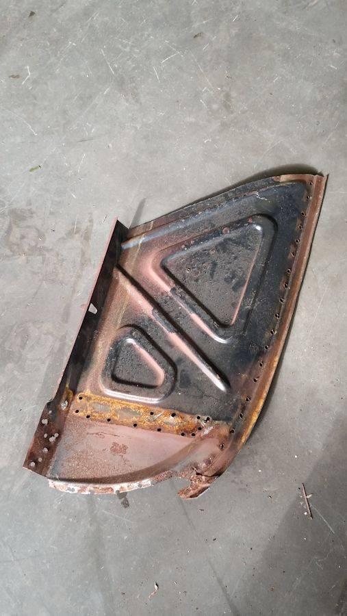 'Garry' - EK sedan. Rust%200062_zpsldygnz3g