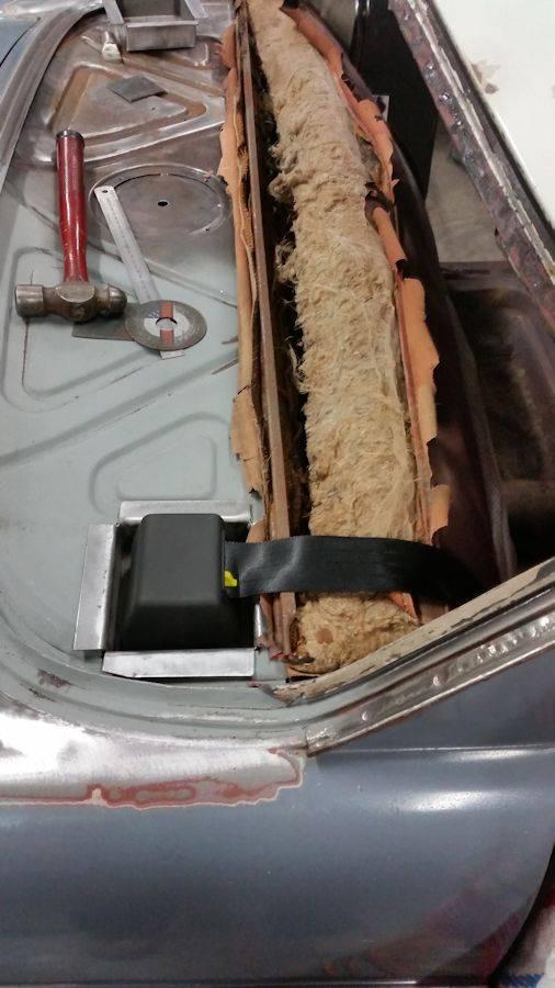 'Garry' - EK sedan. Seat%20belts%20008_zpssncdkgre