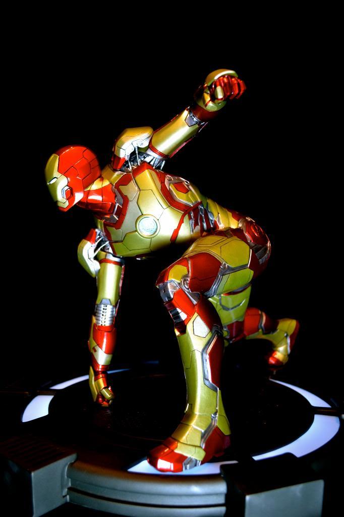 IRON STUDIOS: IRON MAN 3 MARK XLII LEGACY REPLICA  1/4 SCALE DSC_0149-2