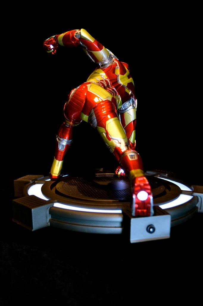 IRON STUDIOS: IRON MAN 3 MARK XLII LEGACY REPLICA  1/4 SCALE DSC_0156-2