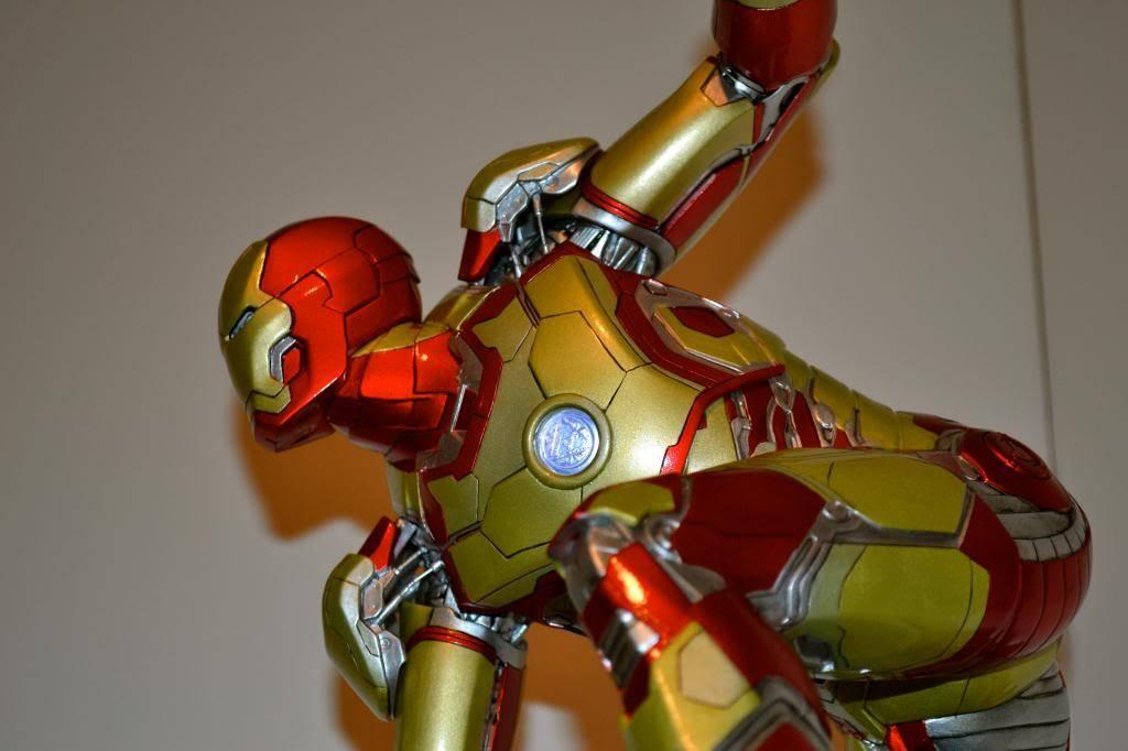 IRON STUDIOS: IRON MAN 3 MARK XLII LEGACY REPLICA  1/4 SCALE DSC_0169-1