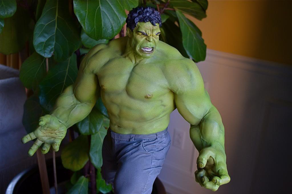[Sideshow] Hulk Avengers Maquette DSC_0478