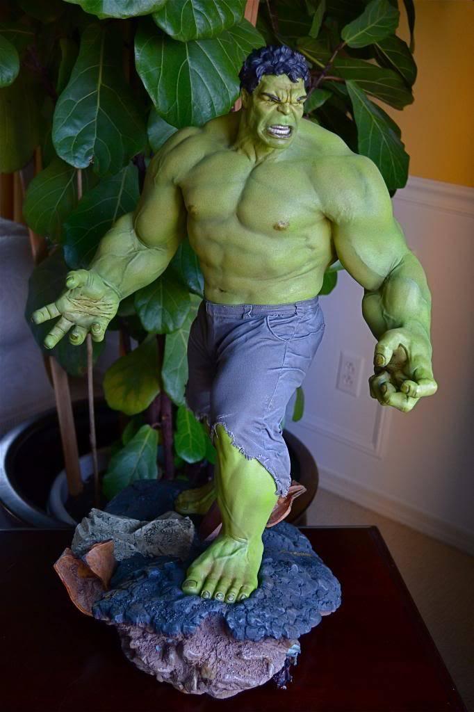[Sideshow] Hulk Avengers Maquette DSC_0479
