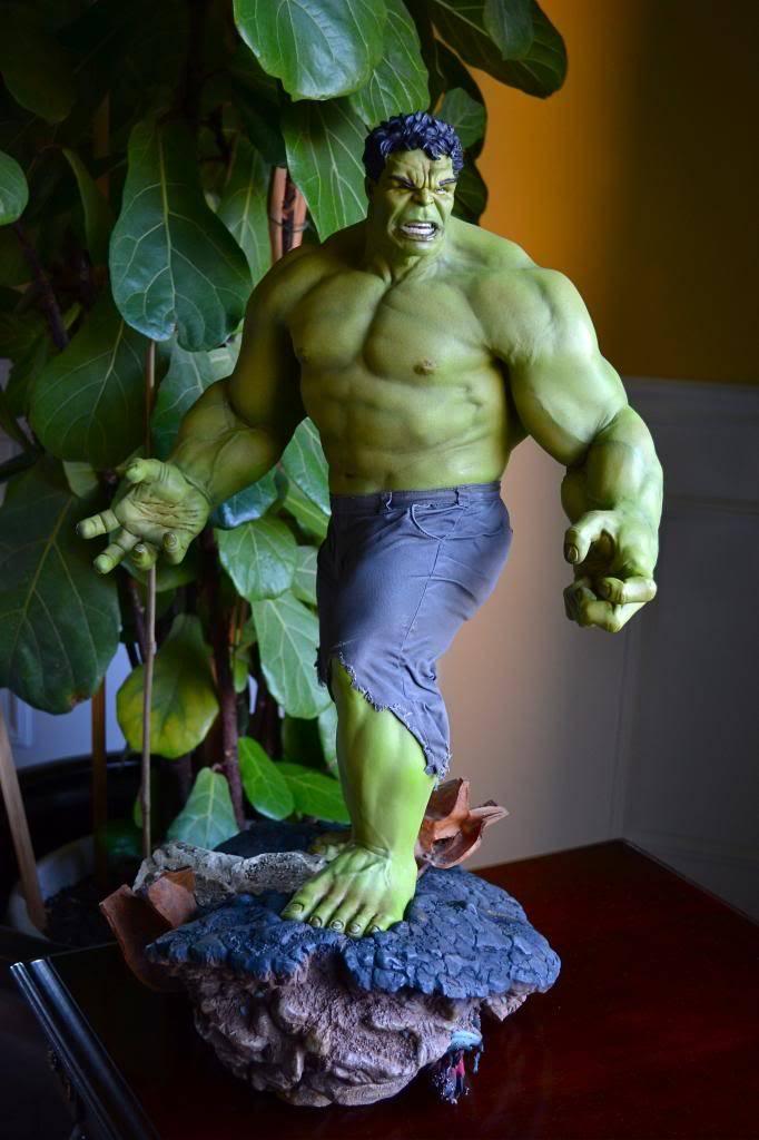 [Sideshow] Hulk Avengers Maquette DSC_0481