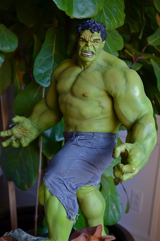 [Sideshow] Hulk Avengers Maquette DSC_0482