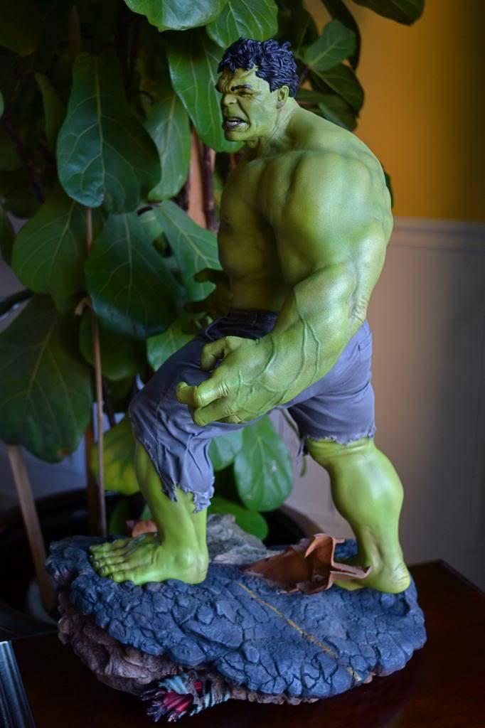 [Sideshow] Hulk Avengers Maquette DSC_0483