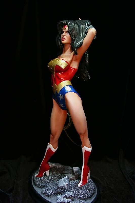[CUSTOM DA SEMANA] Wonder Woman Comiquette (Sensacional) - Página 2 IMG_7450