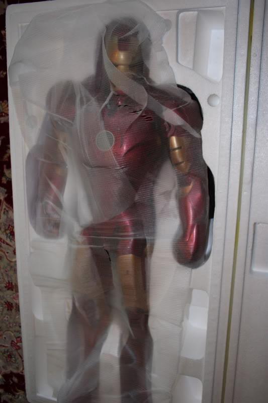 Iron Man Mark III 1:2 Sideshow LANÇADO! Confira em VÍDEO - Página 2 IM17