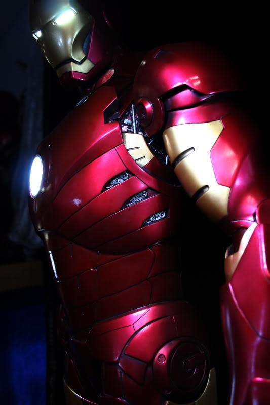 Iron Man Mark III 1:2 Sideshow LANÇADO! Confira em VÍDEO - Página 2 IM42