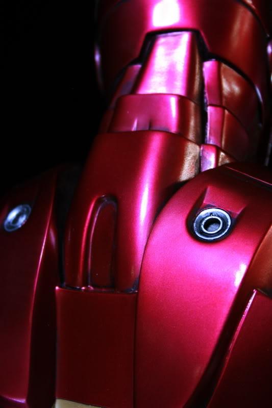Iron Man Mark III 1:2 Sideshow LANÇADO! Confira em VÍDEO - Página 2 IM49