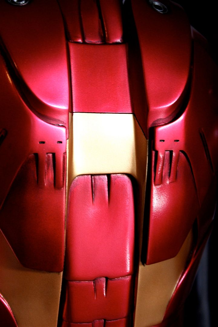 Iron Man Mark III 1:2 Sideshow LANÇADO! Confira em VÍDEO - Página 2 IM78