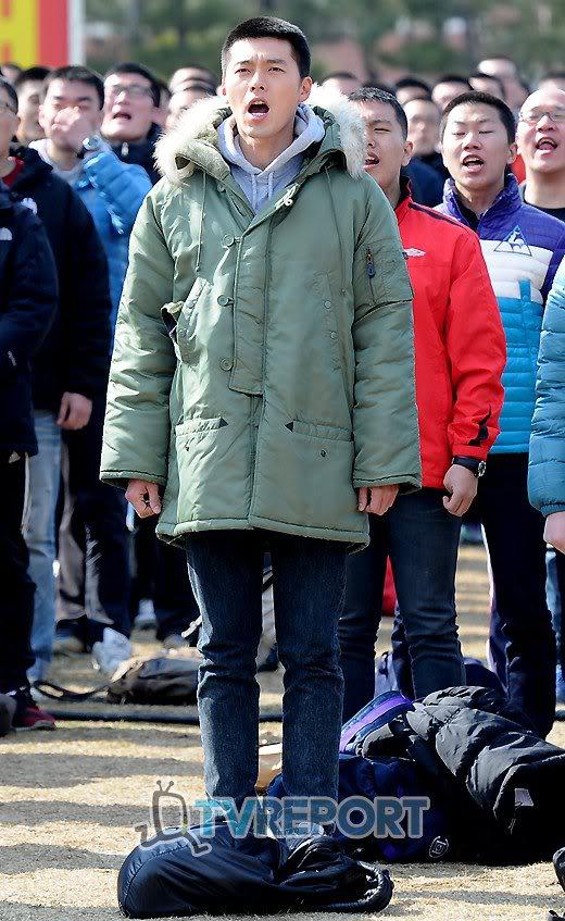 Hyun Bin partió a la mili, con lágrimas en los ojos 190965_198766550152210_179642925397906_697123_6210196_o