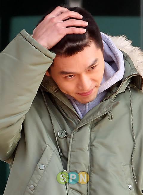 Hyun Bin partió a la mili, con lágrimas en los ojos 5710590f4c6eb97e6159f32c
