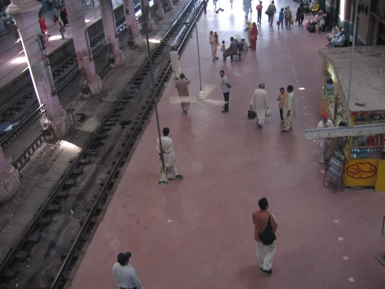 «­·´¯`·»¦« Lahore Railway Station «­·´¯`·»¦« AyeshasPhotography040