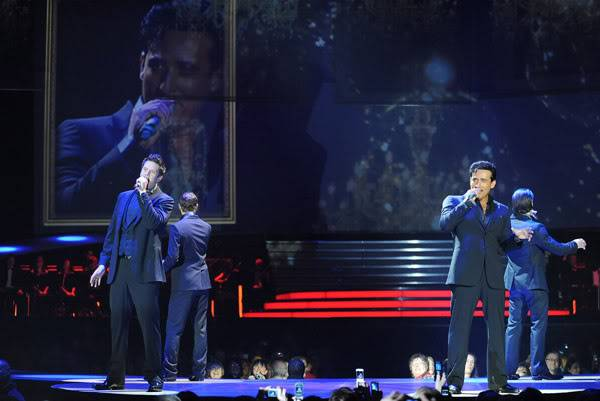 An Evening With Il Divo Tour 2009   Pics, Reports & Videos  (London O2 Feb 27, 2009) 56866742fara190336200930055AM