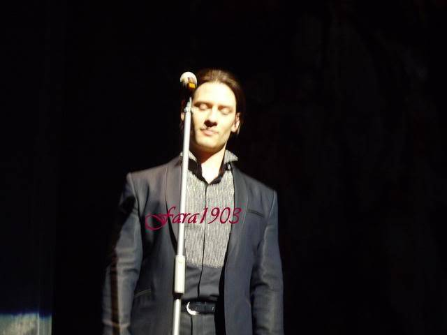 An Evening With Il Divo Tour 2009   Pics, Reports & Videos  (London O2 Feb 27, 2009) P1030101