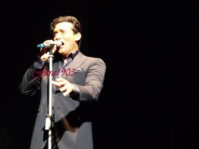 An Evening With Il Divo Tour 2009   Pics, Reports & Videos  (London O2 Feb 27, 2009) P1030106