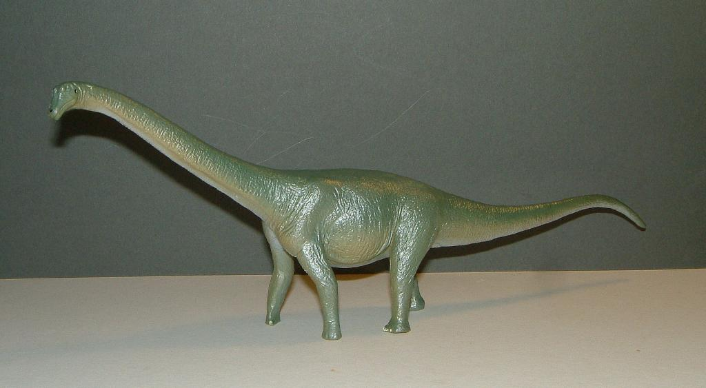 Favorite - Tamba Sauropod Museum Exclusive Figure. Tamba01_zpseddc449f