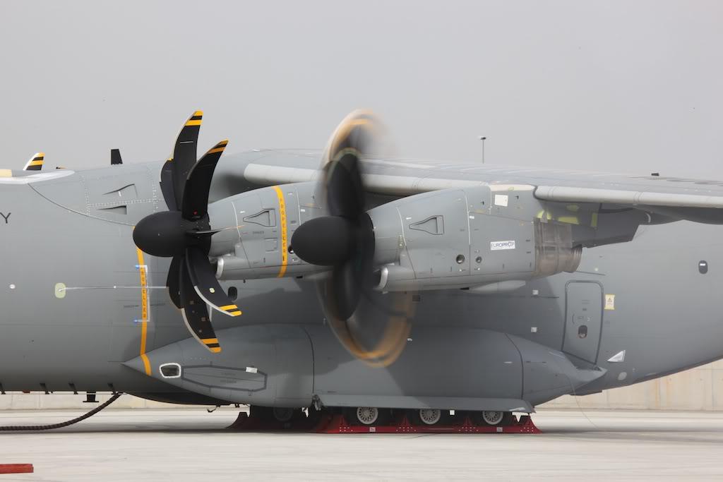 Airbus A400M - Page 2 Primerrodaje008