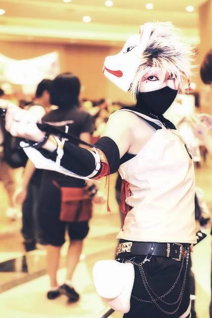 Cosplays de Naruto ANBU_kakashi_cosplay_2_by_Forkninja