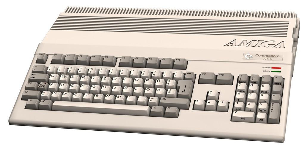 Retro Gaming Amiga_500_zpscx59khnz