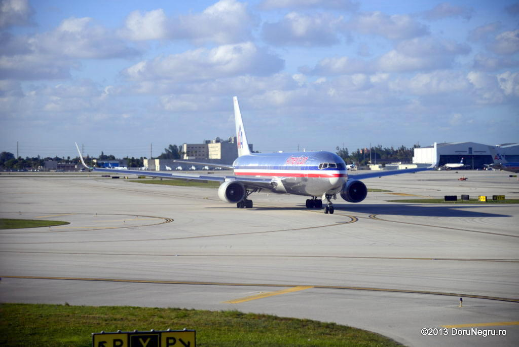 Miami International (MIA / KMIA) _DSC5028_zps46ef2131