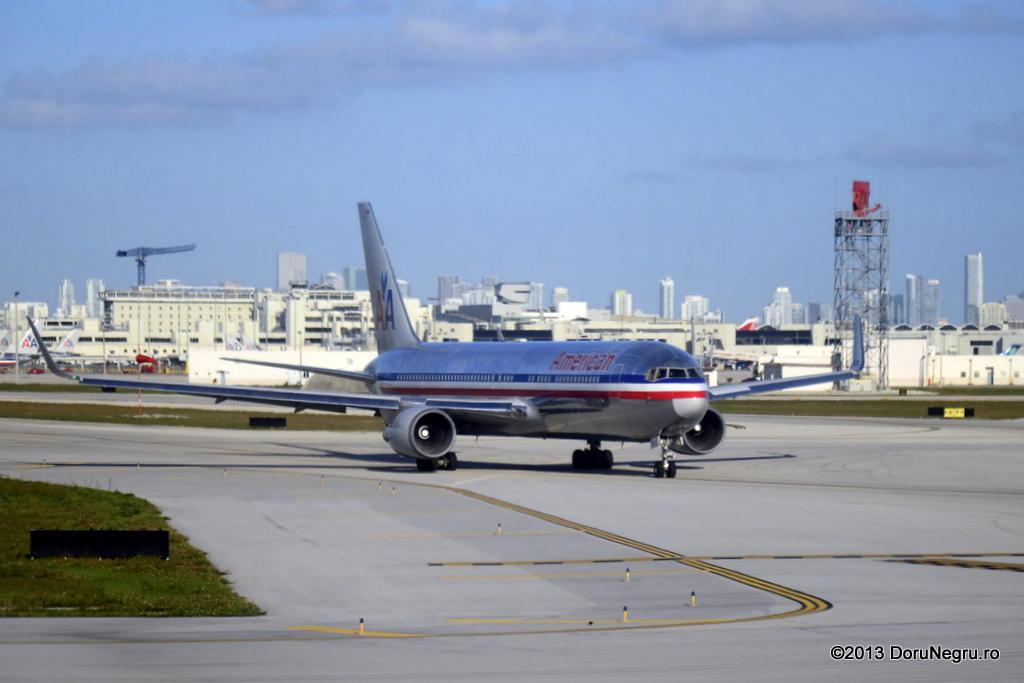 Miami International (MIA / KMIA) _DSC5043_zps0cce8d6b