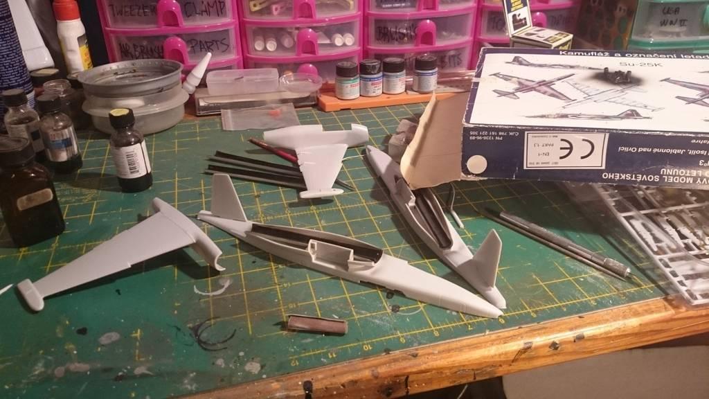 Tony Dill's Kopro 1/48 Su-25K DSC_0737%201280x720_zpsnc3ertdp
