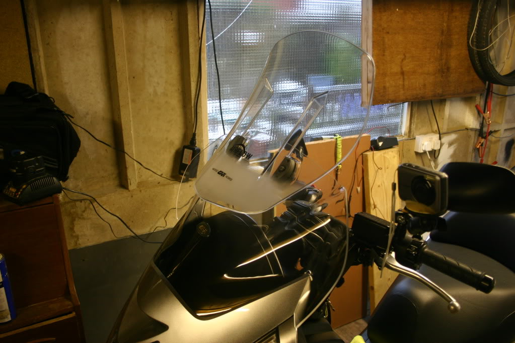 Givi AirFlow Adjustable Windshield Review - Page 5 IMG_4411