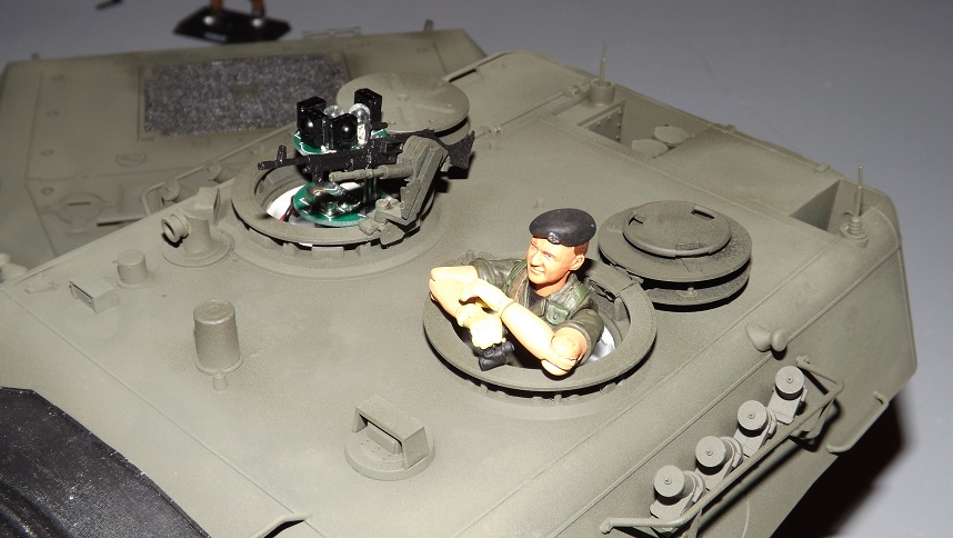 Tim's New Tamiya Leopard C1 build with Custom SLU - Page 3 Leo11-1