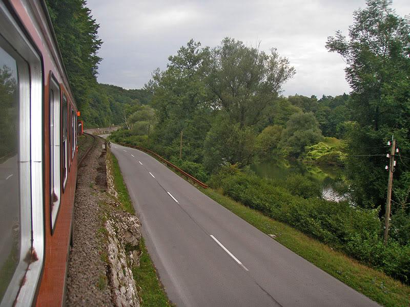 Slike na otvorenoj pruzi P8120178res